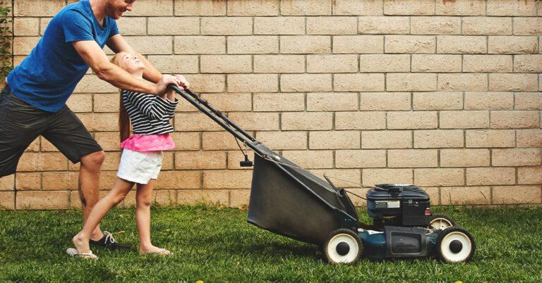 Best Lawn Mower Under 400 – Experts Opinion